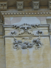 22-9 Courthouse carving