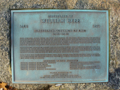 1-31 A plaque commemorating preservation of the birthplace