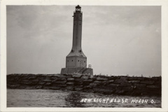 14-22 Huron Lighthouse