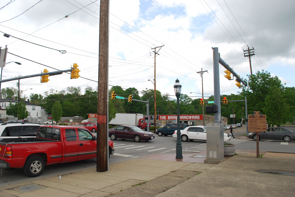 10-31 THE MARKER IS AT READING ROAD AND COLUMBIA AVE, NOT COLUMBUS, AS LISTED IN LOCATION TAB