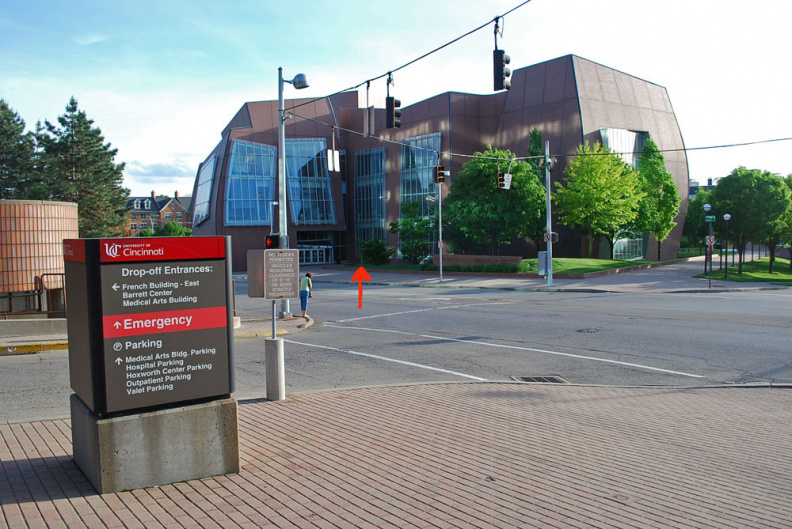 34-31 THE RED ARROW IS THE LOCATION OF THE MARKER IN FRONT OF THE VONTZ CENTER . IT IS LOCATED ON THE CAMPUS OF THE U OF C MEDICAL CENTER AT THE CORNER OF MARTIN LUTHER KING BLVD. AND EDEN.