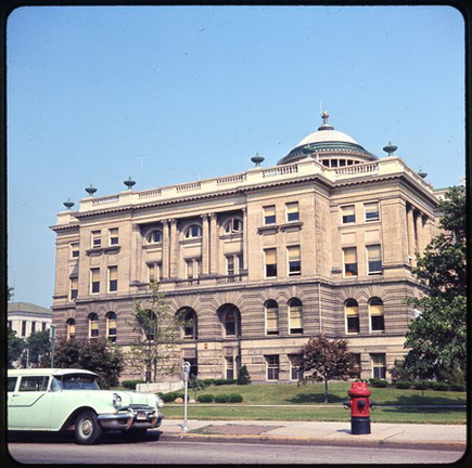 21-48 Lucas County Courthouse