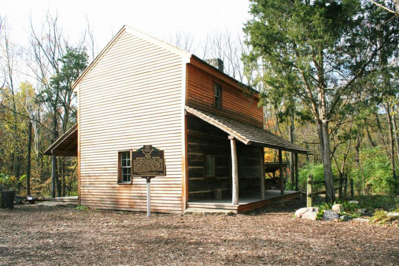 22-55 Iddings Log House