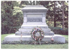 8-72 Tomb of 19th U.S. President Rutherford B. Hayes