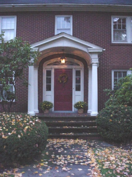 5-78 Front door 625 Mahoning Ave.