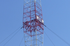 5-83 WLW tower closeup