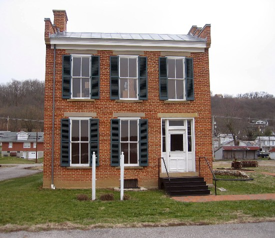 Haunted Places In Shelby Ohio: 4-8 John Parker House In Ripley, Ohio