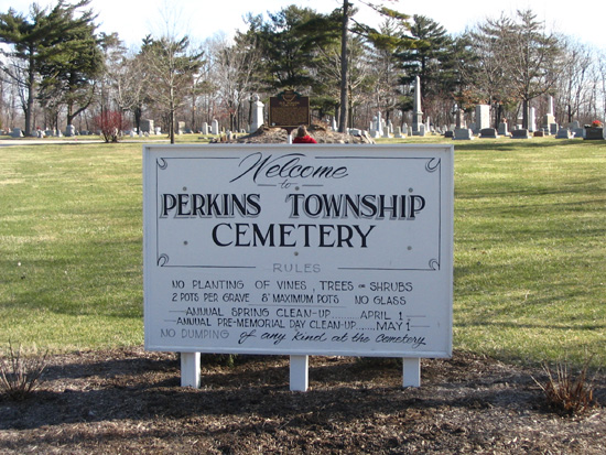 22-22 The Entrance Sign to the Perkins Cemetery