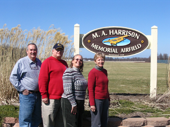 24-22 Steve, Steve, Linda and Janine at M.A. Harrison Memorial Airfield