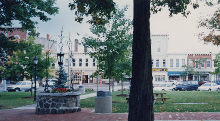 1-28 Chardon Business District
