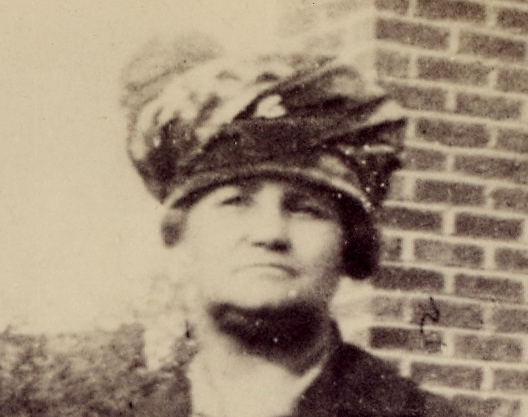 26-50 Founder :  LENORA BERRY 1867-1946- BWHS
