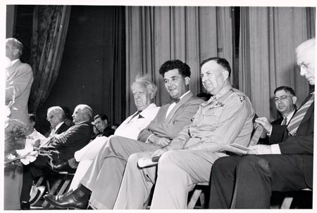 "8-58 Howard Chandler Christy at Unveiling of ""The Signing of the Treaty of Greene Ville"""