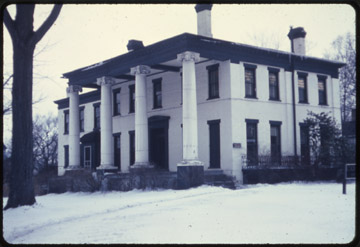 7-78 Kinsman House, Warren